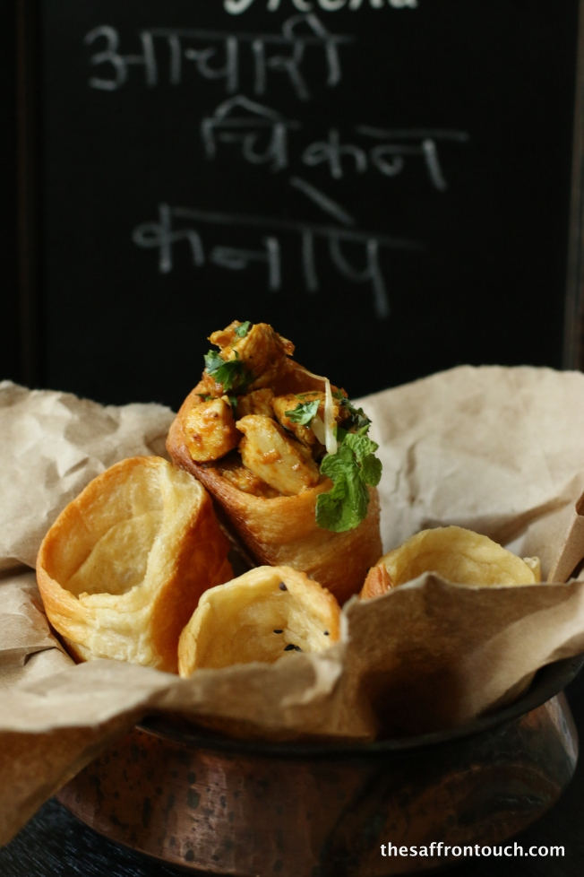 Achari Chicken in garlic bread cone 1